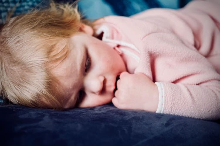 How To Choose A Good Baby Sleep Positioner
